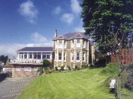 Summerhill Hotel